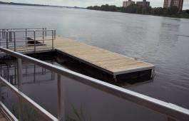 6x12 with ramp and handrail.jpg